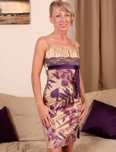 Blond Haired and Elegant Elizabeth M  Opens Her Tight  Older  Rump Open