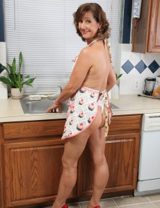53 Year Old  Wifey Lynn Gets Her  Older Stunner Figure All Moist and Sudsy