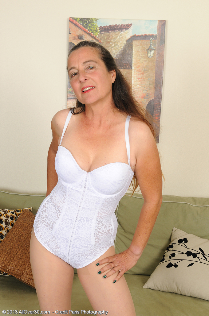 Long Haired  Wifey Nicola from  Onlyover30 Slides off Her White Knickers