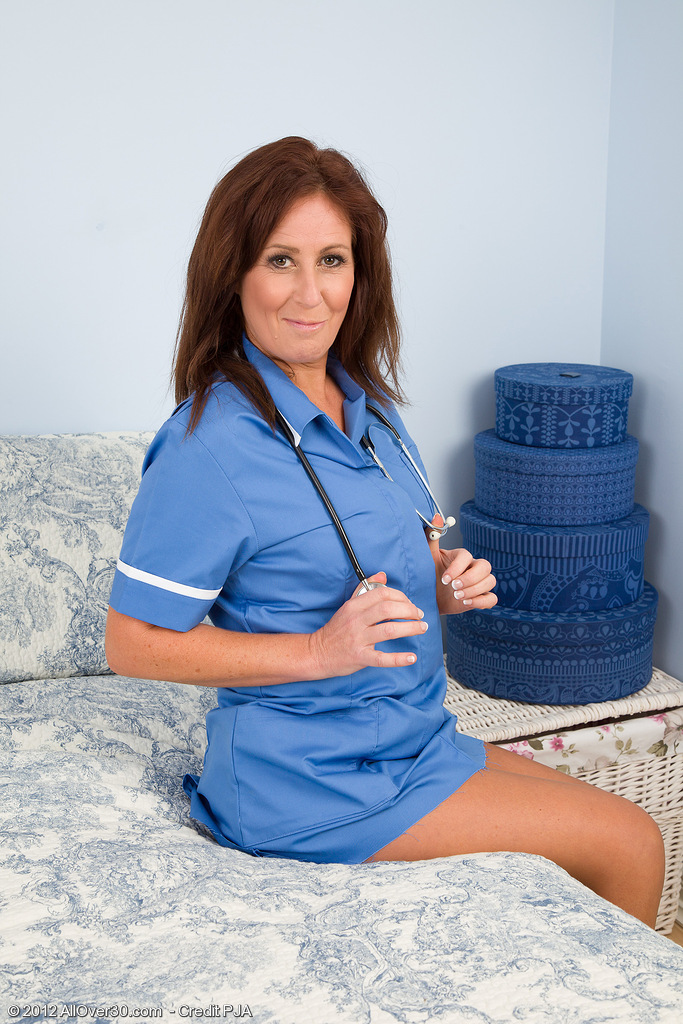 Hot  Wifey Carol Foxwell from  Onlyover30 Playing Doctor Right Here