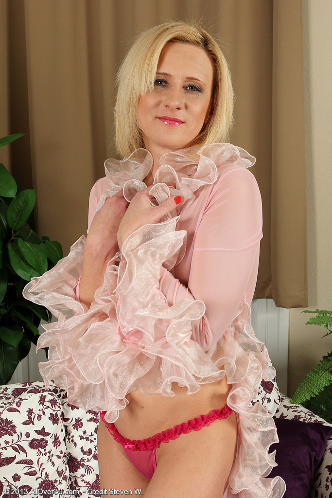 Cute  Blond and 38 Year Old Elaine from  Onlyover30 Unclothes off Knickers
