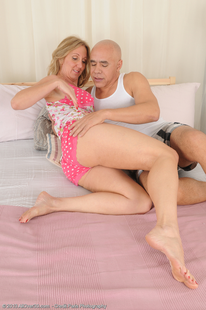 Fifty Year Old Jenna Covelli Takes a Big Dick into Her  Older Babe Beaver