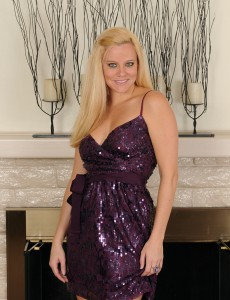 Cute and Elegant  Blond Lilly Swan from  Onlyover30 Gets Willing for You