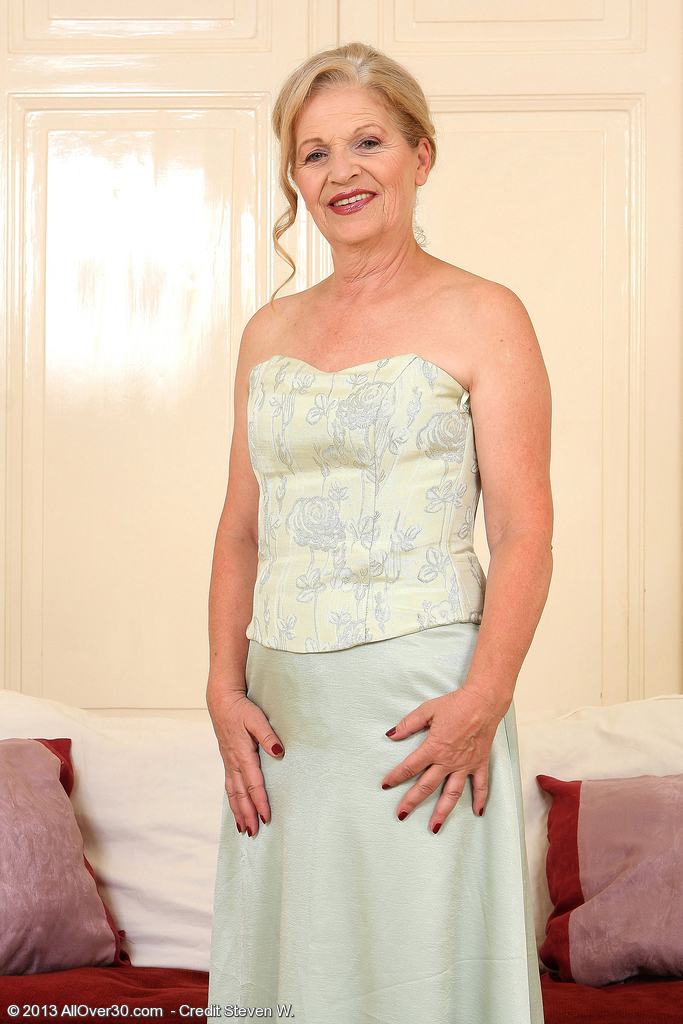 Elegant and Gorgeous 62 Year Old Nelli from  Onlyover30 Strutting Her Stuff