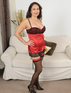 At 52 Years Old Insatiable Dark Brown Sam Looks Great in Her Constricted Underware