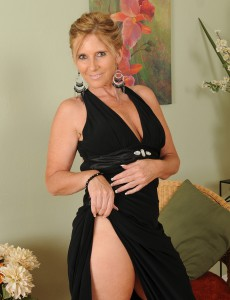 Lewd and Elegant 46 Year Old Amanda Jean  Undresses for Our Allies