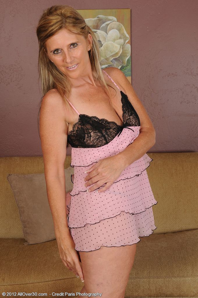 At 42 Years of Age Beautiful Amanda Jean's Looking Great in Knickers