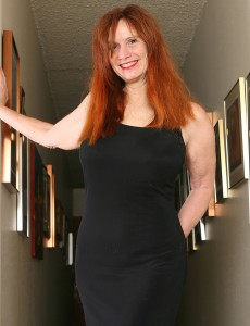 Redheaded Milf Breeze from  Onlyover30 Displaying off Her All-natural  Twat