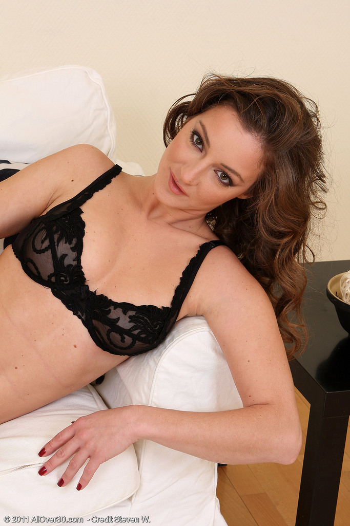 30 Year Old Judith Slides off Her Underwear and Opens Up Her Hairy Beaver