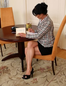 Popular Office Milf Kitty S Shows off Her 52 Year Old Slit at Work