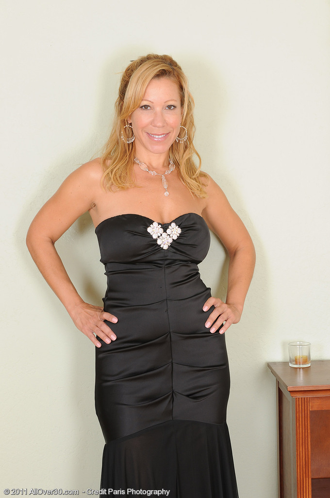 All-natural Titted Rachel from  Onlyover30 in and out of a Dark Evening Dress