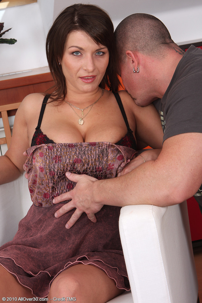 Slutty  Cougar Sophia M Proves How Much She Loves a Cock Inside Her