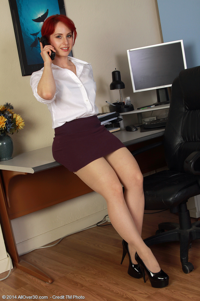Sexually Excited Red Headed Office Milf Andrea Rosu Plays with Her Clean-shaved  Twat