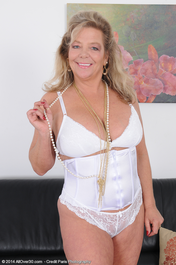 Popular  Blond Haired Karen Summers from Porn Past Disrobes from Her Underware