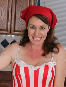 Lascivious 41 Year Old  Wife Molly Golly Copulates Her Toy in the Kitchen