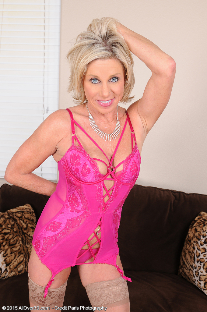 53 Year Old Payton Hall Undresses off Her Pink Knickers to Open Up Wide