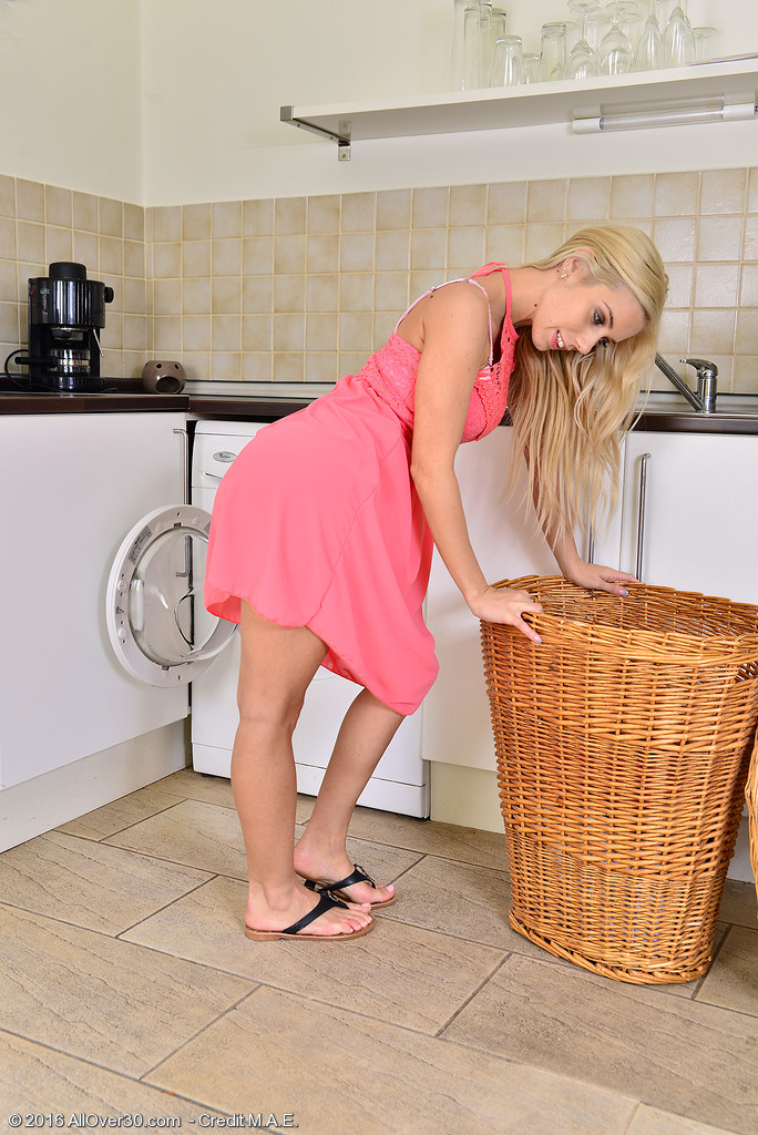 Breathtaking Golden-haired Nesty Does Some Laundry and Flashes Her Flawless Form