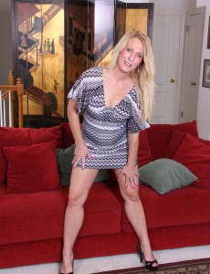 Blond Sexpot Jackie Takes off Her Dress and Heels to Fuck Herself with a Toy