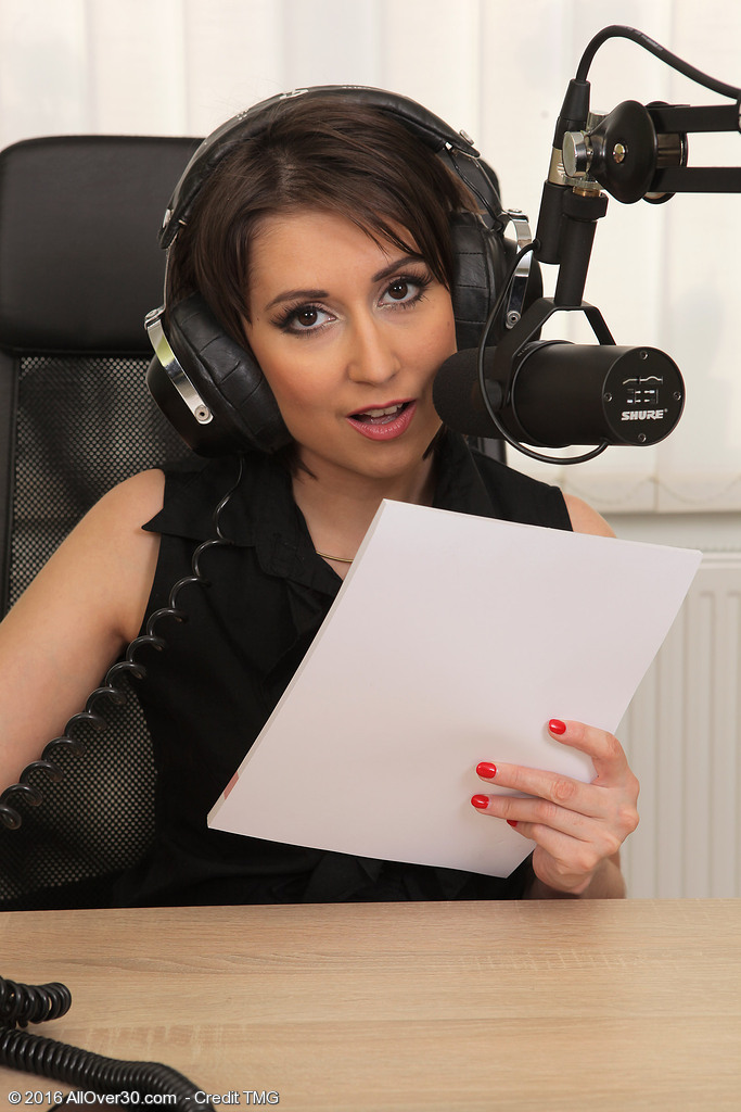 Nice-looking Radio Broadcaster Meggie Takes a Station Break to Get Bare
