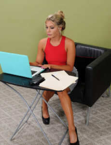 Super Horny Secretary Nikki Capone Shows Those Gams