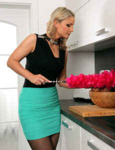 Beautiful Holly B Doing  Hot Domestic Services
