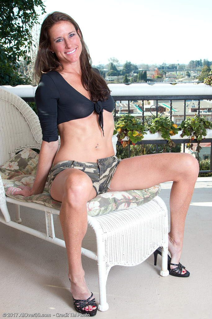 Sofie Marie Takes off Her Cut-offs