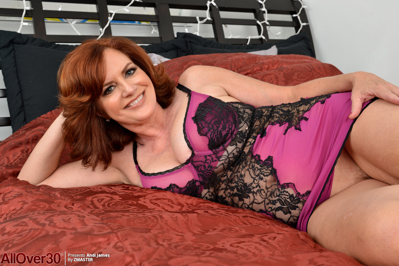 Redhead Mummy Andi James Big Dairy Shakes