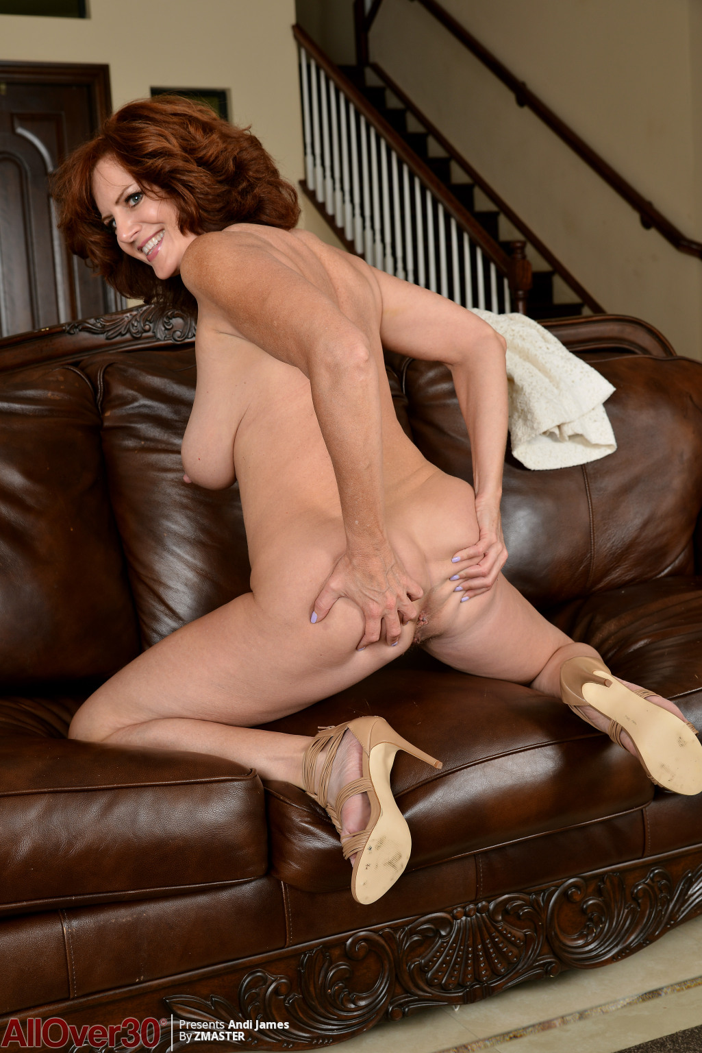 andi-james-leather-couch-fun-07