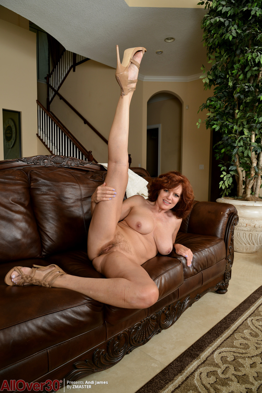 andi-james-leather-couch-fun-10
