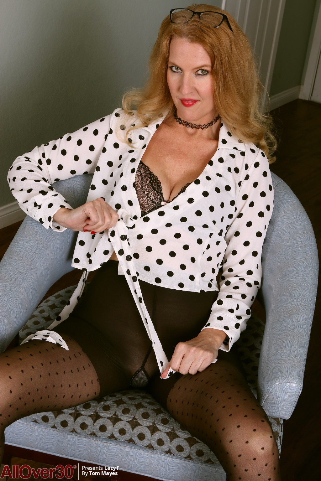 lacy-f-polka-dots-and-stockings-06