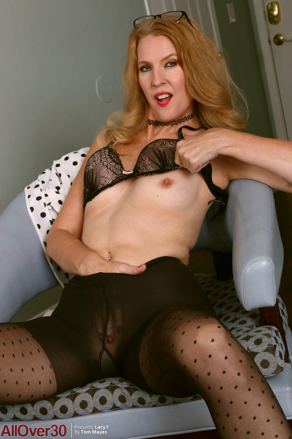 lacy-f-polka-dots-and-stockings-07