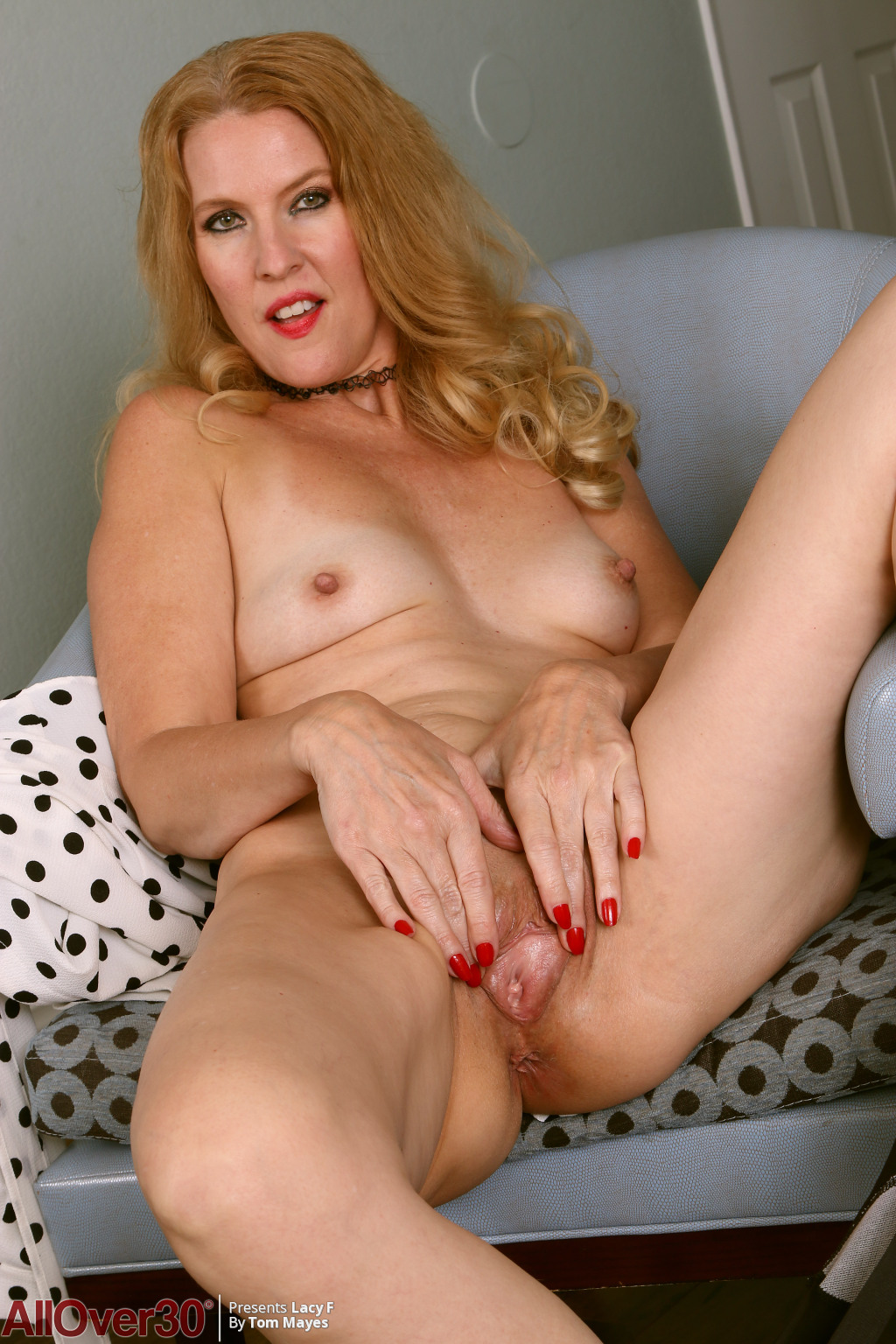 lacy-f-polka-dots-and-stockings-15
