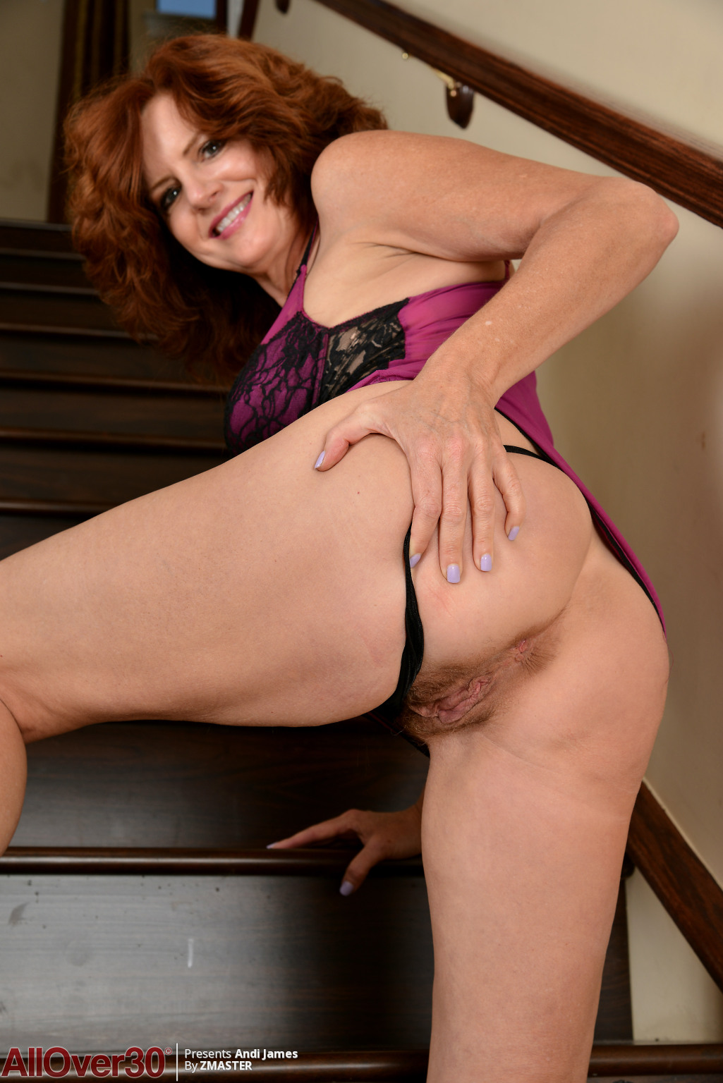 andi-james-staircase-redhead-03