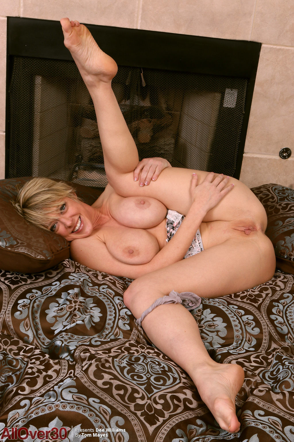 dee-williams-big-breasted-beauty-15