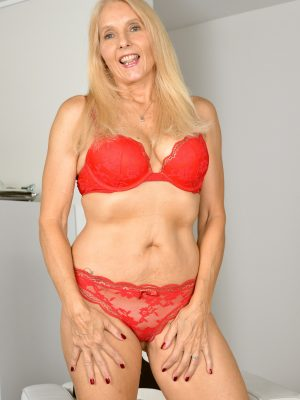 Chery Leigh Adult Blonde Smiles