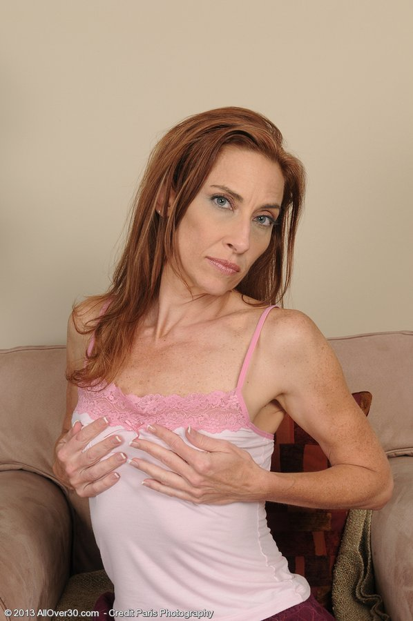 Slim Mummy Hottie Betty Blaze with Her Beloved Dildo