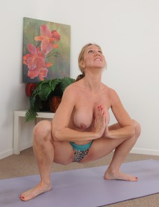 yoga wife Nude
