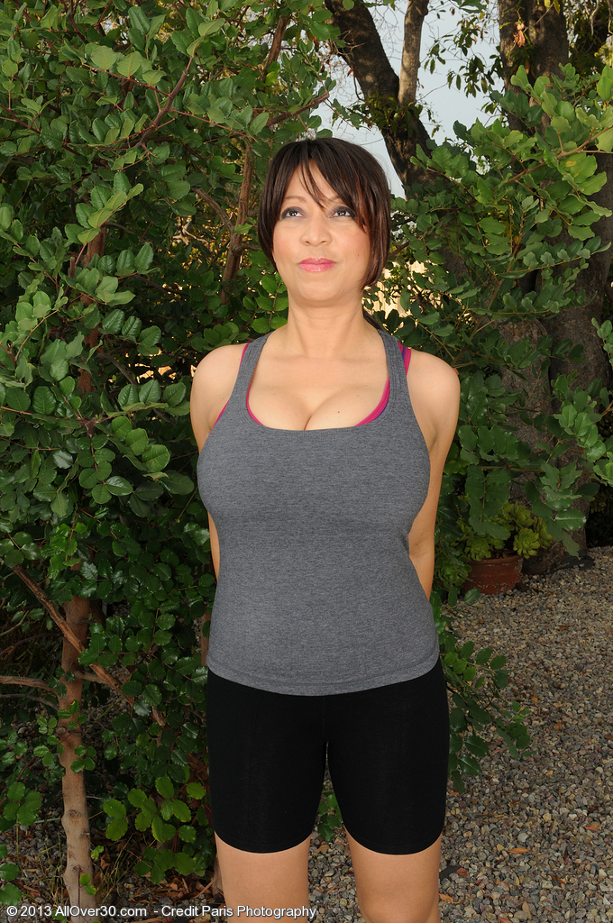 Super Horny Fifty Year Old Lola from  Onlyover30 Opens Up and Takes off Outdoors