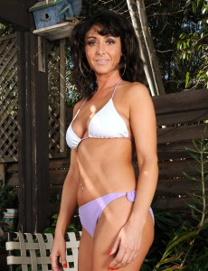 Super Horny  Brown Haired Mummy Coral  Undresses and Spreeads Her Ass on the Deck