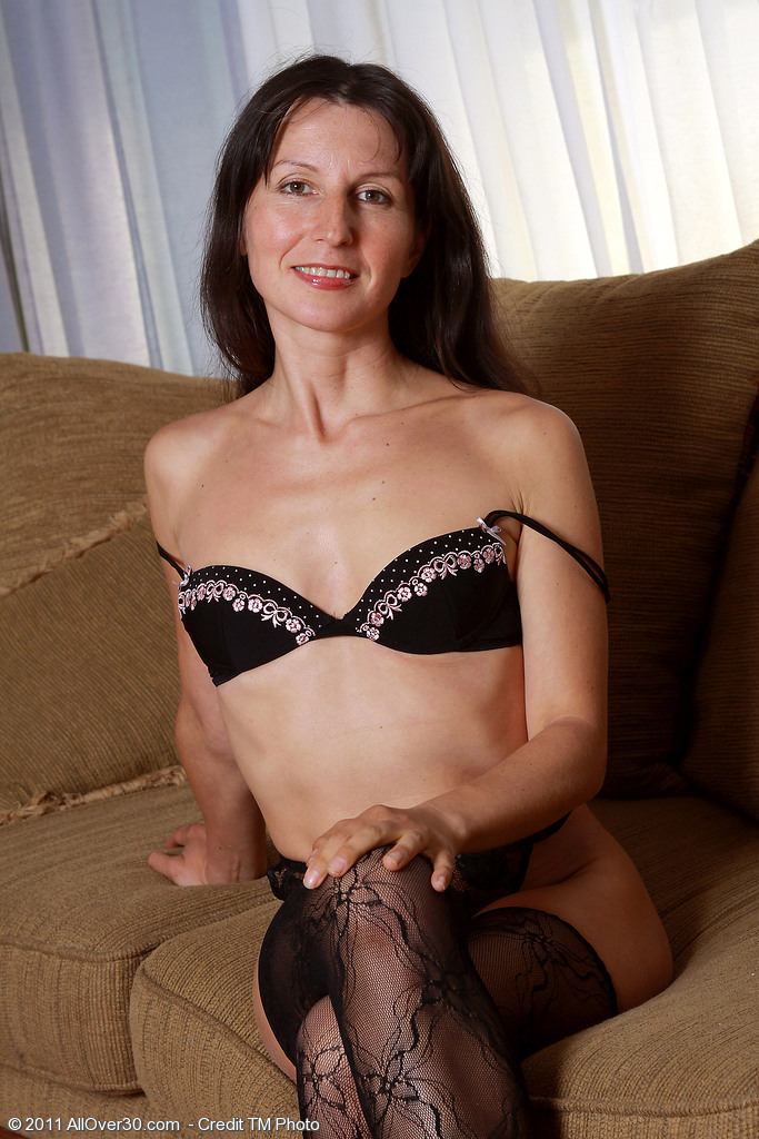 Skinny 41 Year Old Milf Carment T Preads Her Lacey Gams Wide Here