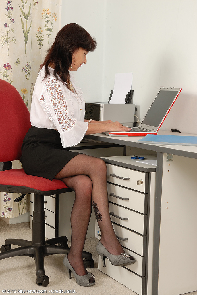 All Natural Titted Office  Mom Jenny H from  Onlyover30 Chews Her Pants