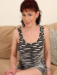 Fur Covered Pussied Kate T Displaying off Her All  All Natural 40 Year Old Assets