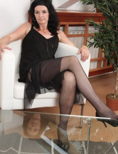Mary-sue Stretches Removes Her Lacey  Undies and  Opens Her Gams