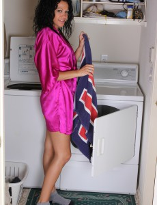 Dark Brown  Wifey Naira Smith Violates from Laundry and Taunts You