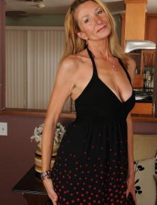 New Aged Model Pam Shows off Her Smooth 56 Year Old Body in Here