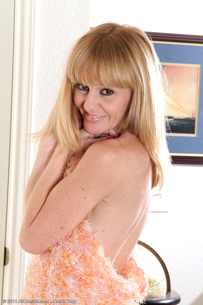 Blond 40 Year Old  Wife Penelope Slides off Her Sundress in Here