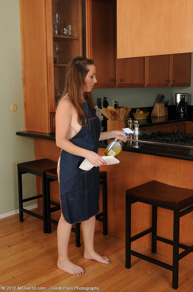 Kinky  Wife Tamara Fox from  Onlyover30 Gets Hot in the Kitchen