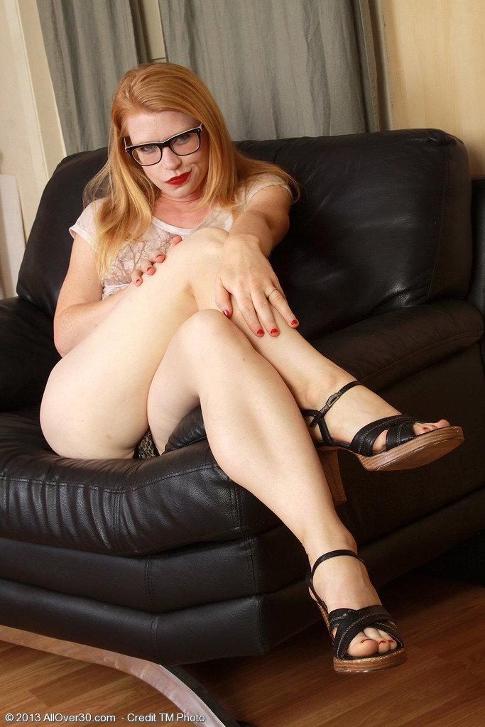 Pallid Ginger Haired Madison Young Deep Throating on Her Gorgeous Toes