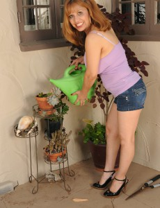 Deviant 47 Year Old Marissa from  Onlyover30 Doing a Tiny  Nude Gardening