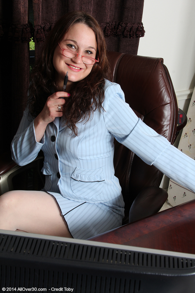 30 Year Old Office Milfbelle Star Widens Her Gams Broad Inside the Library